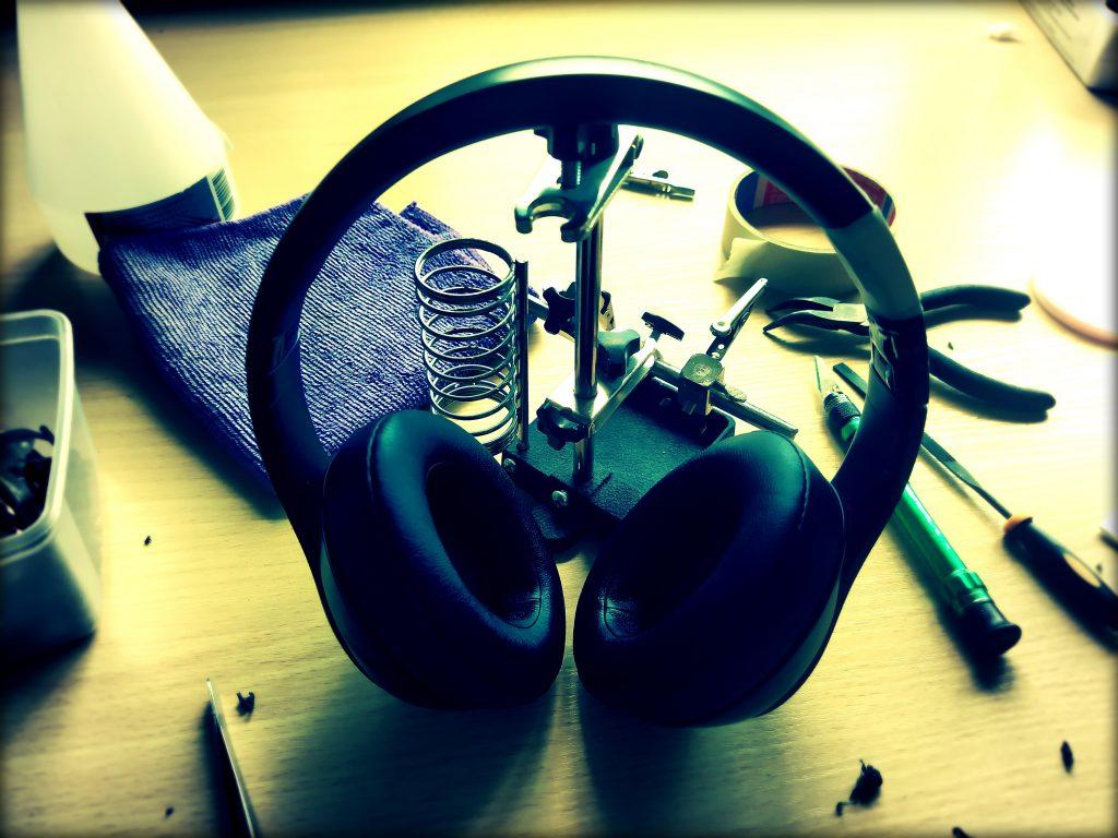 ausinių korpuso taisymas